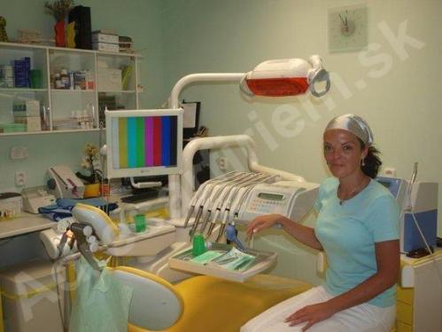 Foto MUDr. Jarmila Temňák Kňazeová - zubná ambulancia